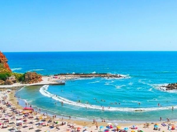 Пляж Болата