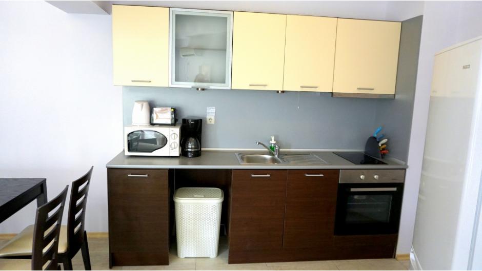 кухня Бяла Виста А04