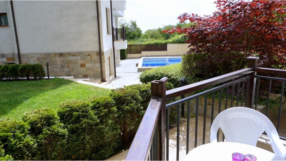балкон Бяла Виста А04