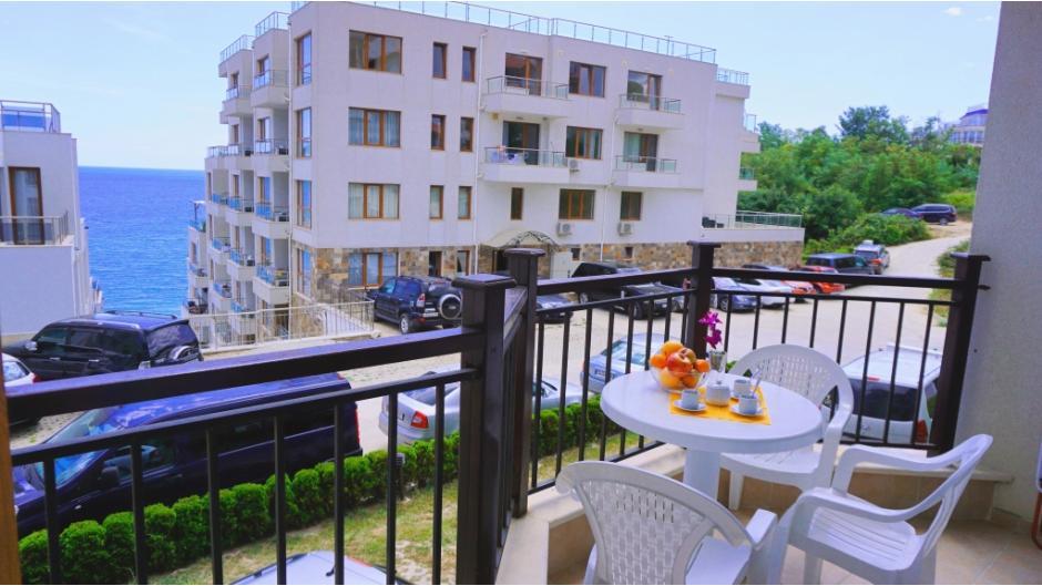 Byala Vista - Apartment C11